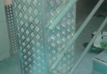 Acoperire stâlp beton cu tabla striată aluminiu și colțare 320x320x2000mm