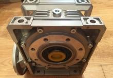 Reductor melcat tip CHM 090 (detalii in descriere)
